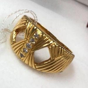 REAL 18k Gold with DIAMONDS